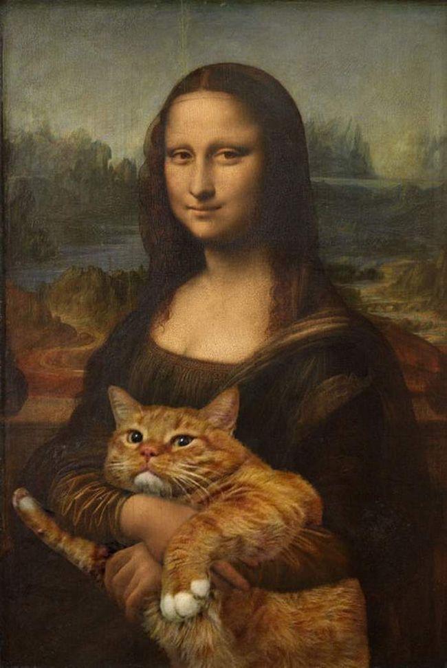 Якщо ви знайомі з проектом Fat Cat Art, то напевно зрозумієте, що цей товстун-кіт робить на руках у Мони Лізи. Заратустра раз у раз виступає в різних іпостасях, будучи головною музою проекту.