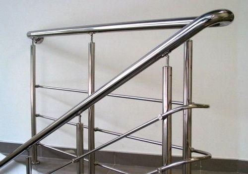 Хромовані поручні для сходів