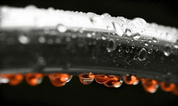 Конденсат на трубах холодної води що робити