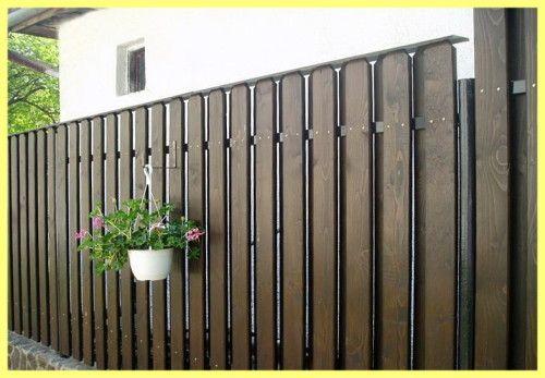 Красиві дерев`яні паркани для дачі фото
