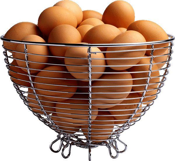 Кошик з яйцями несучок породи Вергерскій велетень