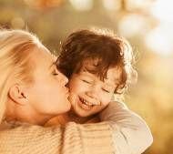 Мати-одиначка: виплати, допомоги, привілеї