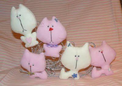 Кішки м`які іграшки