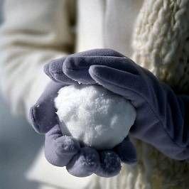 Снігові гри і зимові забави