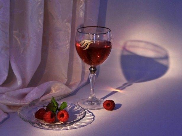 Як зробити з малини вино іншими способами?