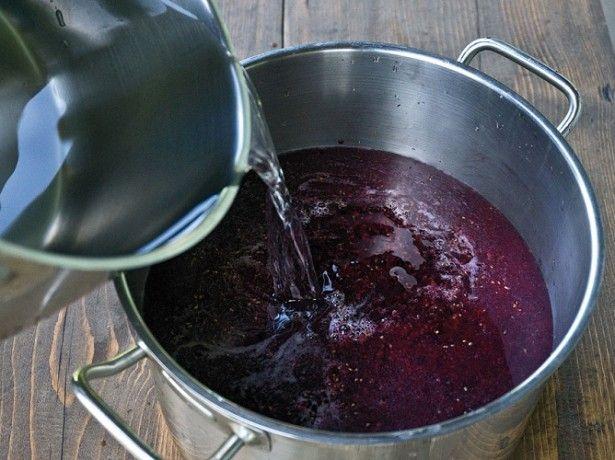 Найпоширеніший рецепт вина з малини