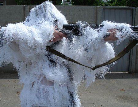 Зимові маскувальні костюми для полювання